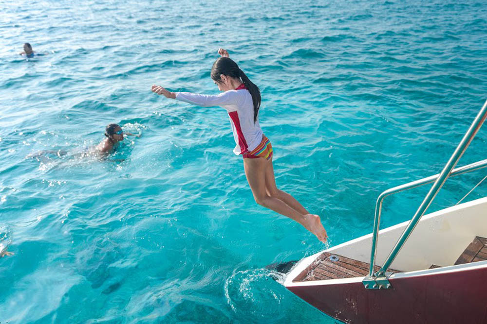 Luxury Private Morning Snorkeling Charter for 20